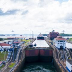 ggb bearings for locker system in panama canal